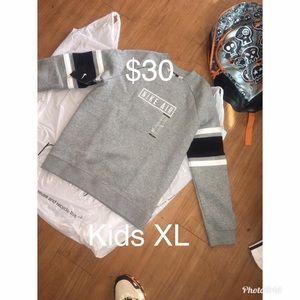 Kids Nike sweat shirt